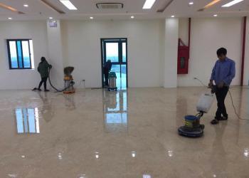 Dịch vụ vệ sinh sau xây dựng theo tiêu chuẩn khắt khe